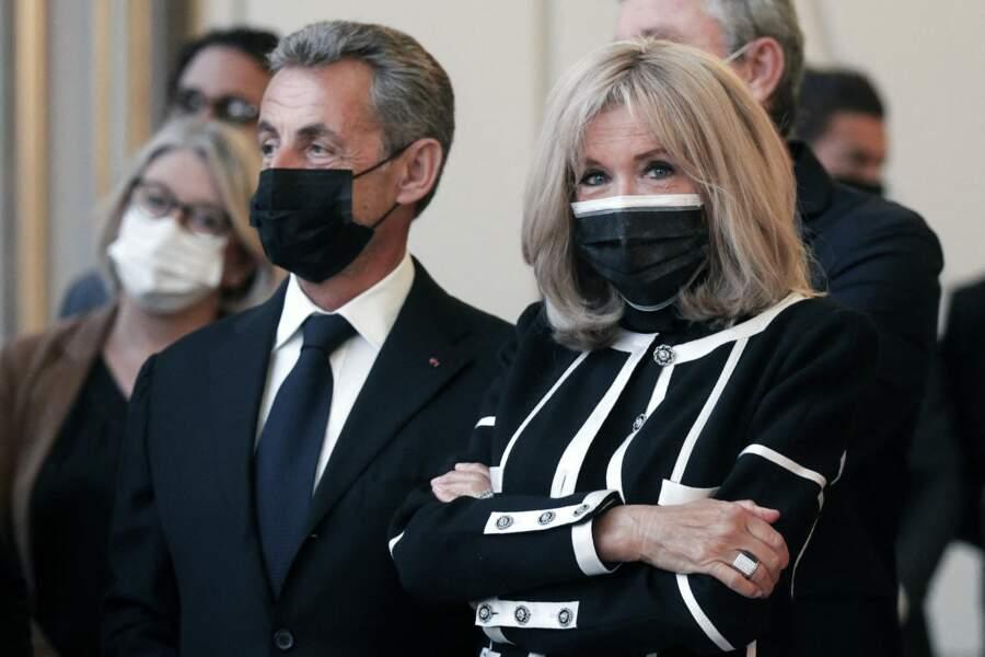 L'ancien locataire de l'Élysée, Nicolas Sarkozy était également présent aux côtés de Brigitte Macron