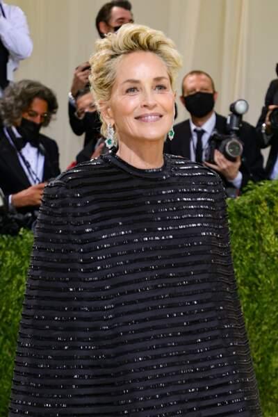 Sharon Stone et sa belle coupe courte sublimée par ses bijoux Chopard