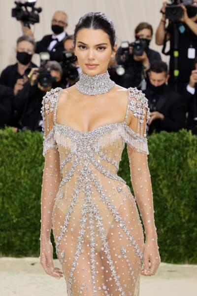 Kendall Jenner, habillée par Givenchy pour le Met Gala 2021.