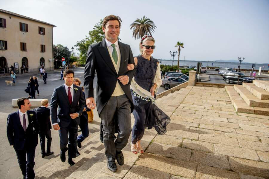 Ralph Worthington arrive à l'église Duomo di Santa Maria Assunta
