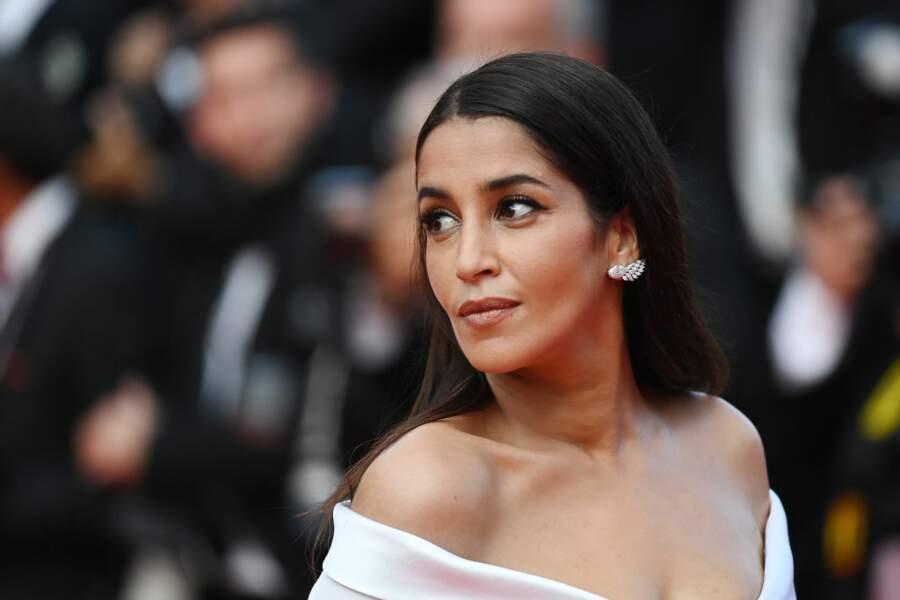 L'actrice porte des boucles d'oreille Tiffany & Co Haute Joaillerie