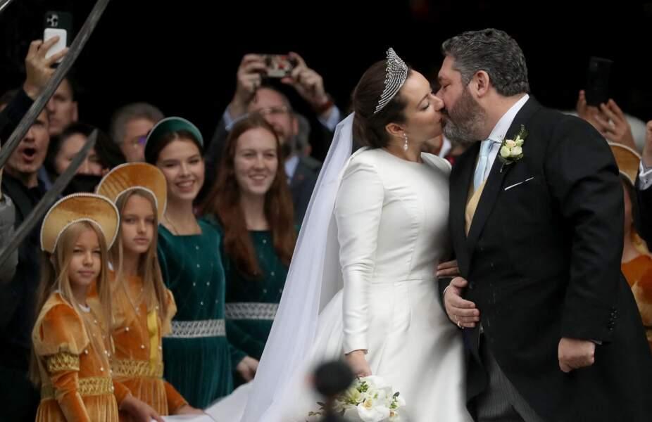 Le jour de leur mariage, ce vendredi 1er octobre, le Grand Duc George Mikhailovich de Russie et de Rebecca Victoria Bettarini d'Italie se sont montrés amoureux comme au premier jour.
