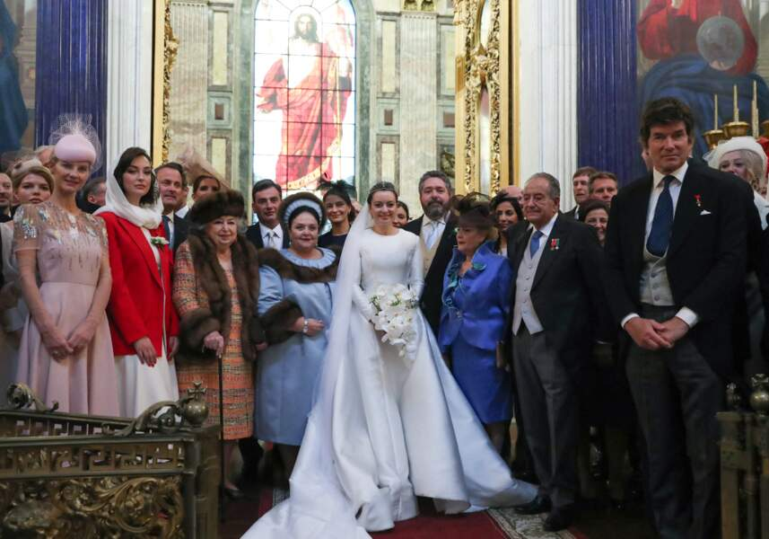 Pour le mariage du grand-duc George Mikhailovich de Russie et Rebecca Victoria Bettarini d'Italie, plus de 1000 personnes étaient invités à la cérémonie religieuse donnée en la cathédrale Saint-Isaac, le 1er octobre 2021.