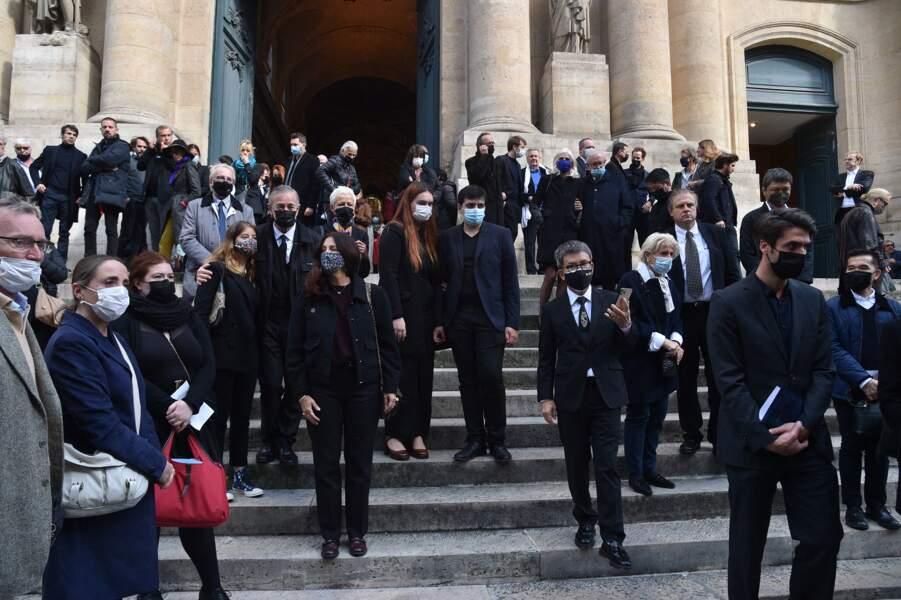 Francis Huster, son ex-femme Cristiana Reali, Isabelle Nanty et Michael Youn étaient réunis à l'église Saint-Roch pour rendre un dernier hommage à François Florent, dans le Ier arrondissement de Paris, le 4 octobre 2021.