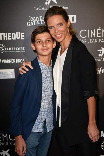 Sylvie Tellier et son fils Oscar étaient de la fête à la cinémathèque en l'honneur de Jean Paul Gaultier