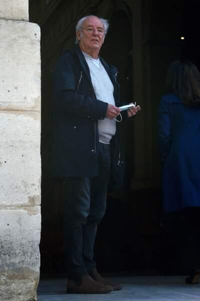 Maxime Le Forestier était présent pour rendre un dernier hommage à François Florent, lors de ses obsèques en l'église Saint-Roch, à Paris, le 4 octobre 2021.