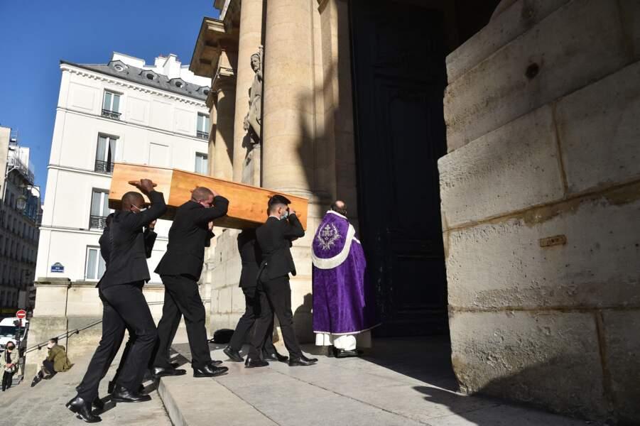 Les grands noms du cinéma et du théâtre s'étaient donné rendez-vous ce lundi 4 octobre en l'église Saint-Roch dans le Ier arrondissement parisien, pour rendre hommage à François Florent.