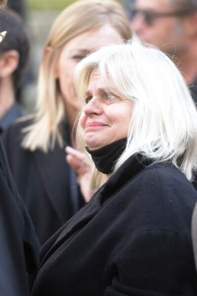Isabelle Nanty, très touchée par la disparition de François Florent, était présente à ses obsèques en l'église Saint-Roch, à Paris, le 4 octobre 2021.