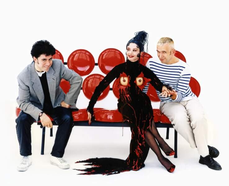 Pedro Almodóvar, Victoria Abril et Jean Paul Gaultier sur le tournage de Kika