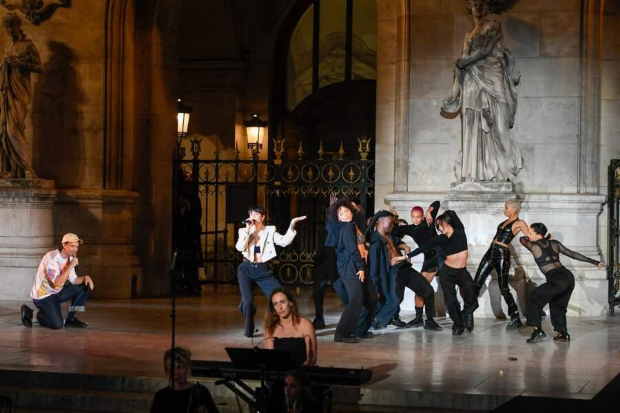 Le duo australien Shouse a enflammé le public du défilé Etam sur l'air de Love Tonight