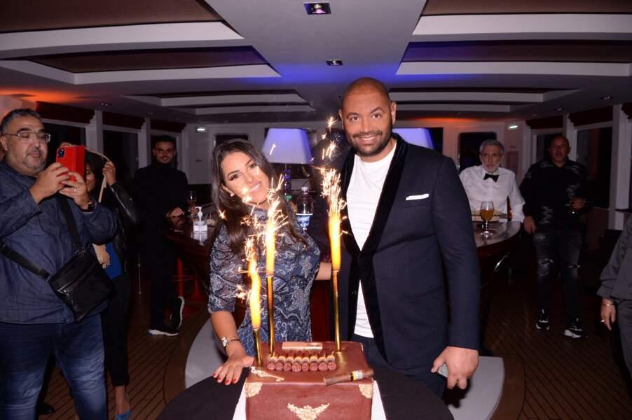 Fouad Ben Kouider et sa fiancée Nawell Debbouze, entourés de leurs amis et de leur famille, à Paris, le 2 octobre 2021.