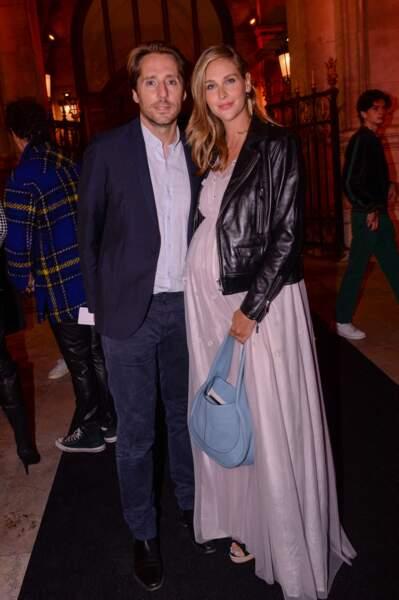 Mathieu Vergne et sa femme Ophélie Meunier, enceinte de son deuxième enfant.
