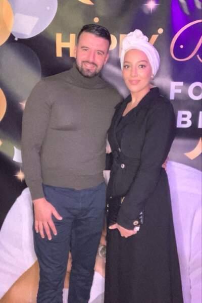 L'influenceuse Salima Aliani et son mari Mohamed à la soirée d'anniversaire de Fouad Ben Kouider, à Paris, le 2 octobre 2021.
