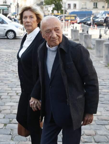 Jacques Seguela arrive à la messe funéraire en hommage à Bernard Tapie en l'église Saint-Germain-des-Prés à Paris, le 6 octobre 2021