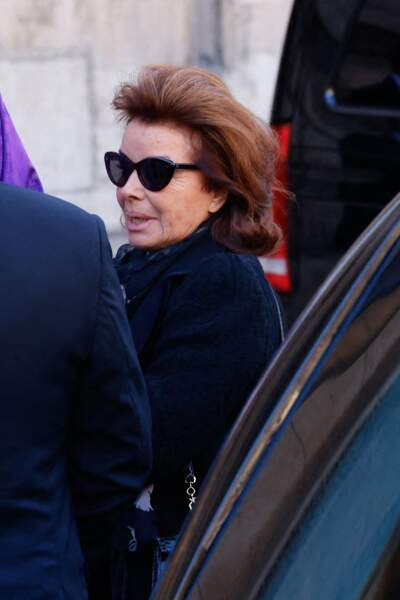 Dominique Tapie arrive à la messe funéraire en hommage à Bernard Tapie en l'église Saint-Germain-des-Prés à Paris, le 6 octobre 2021