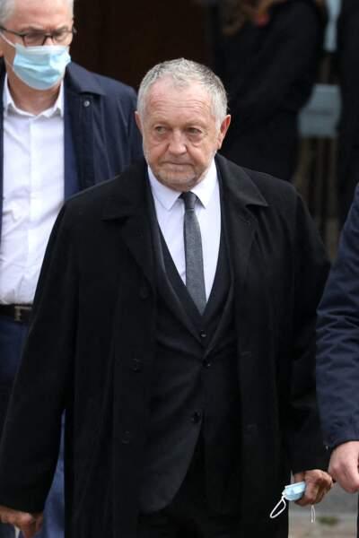 Jean-Michel Aulas lors de la messe funéraire en hommage à Bernard Tapie en l'église Saint-Germain-des-Prés à Paris, le 6 octobre 2021