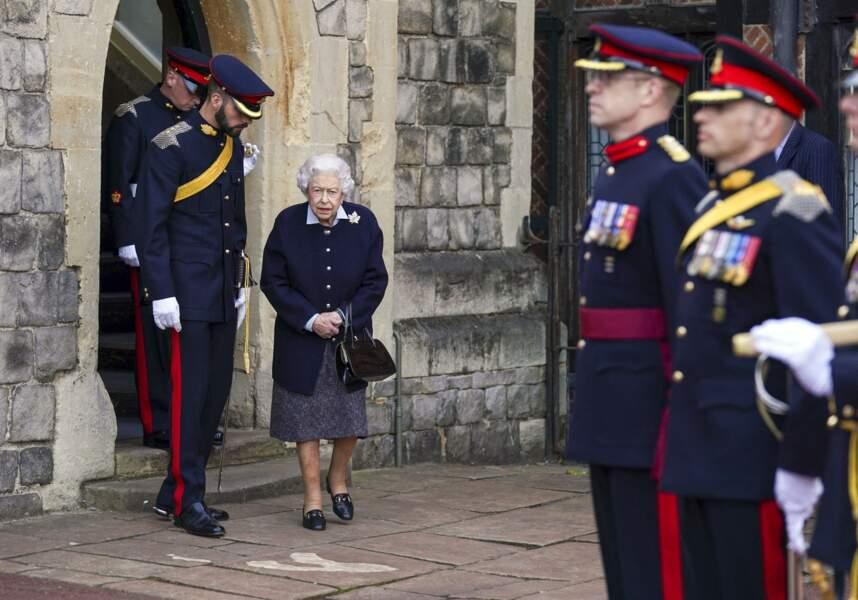 La reine semblait reconnaissante de le visite des soldats canadiens au château de Windsor.