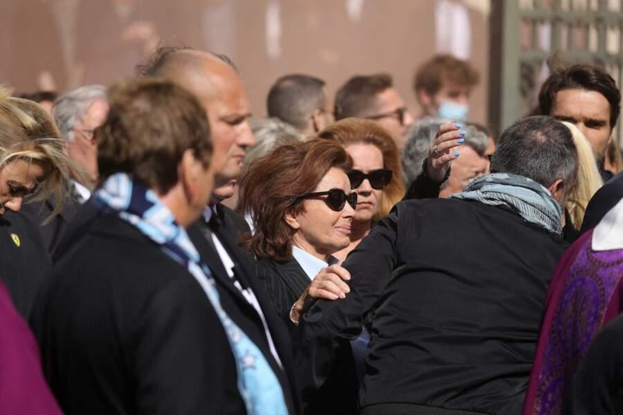 Dominique Tapie le visage rempli d'émotion à la sortie des obsèques de Bernard Tapie, en la Cathédrale La Major, à Marseille, le 8 octobre 2021.
