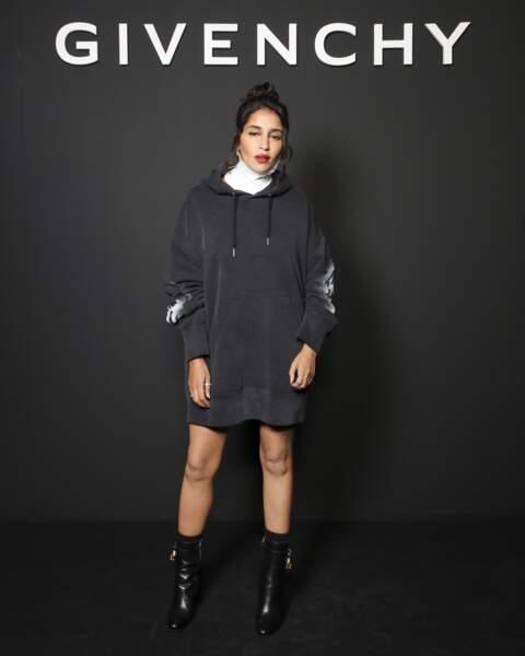 Leïla Bekhti au défilé printemps-été 2022 Givenchy