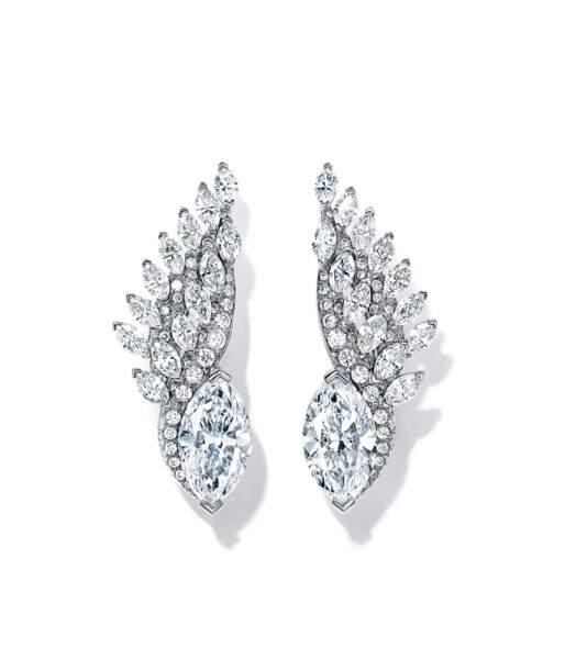 """Boucles d'oreilles """"L'envol"""", signées Tiffany & Co Haute Joaillerie"""