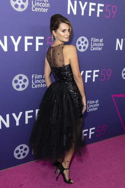 Avec cette robe de la collection printemps 2021, Penélope Cruz ressemblait à une princesse à New York.