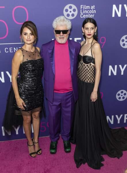 Avec Pedro Almadóvar et sa collègue, Penélope Cruz était venue présenter Parallel Mothers à New York.