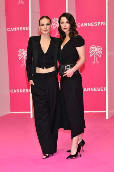 Ana Girardot et Vera Kolesnikova lors du photocall du 4eme Canneseries