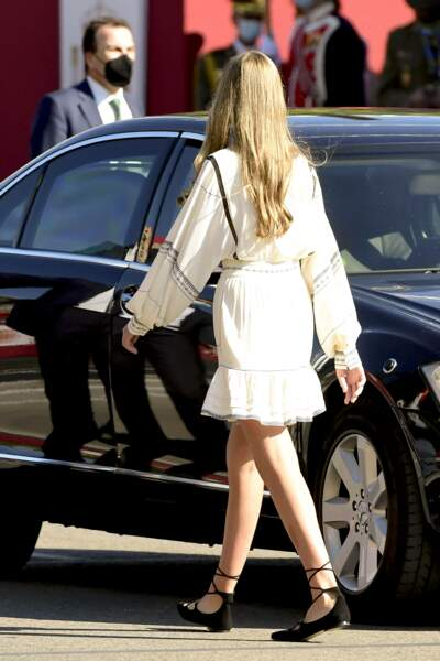 L'infante Sofia d'Espagne a choisi une robe de la marque française Claudie Pierlot