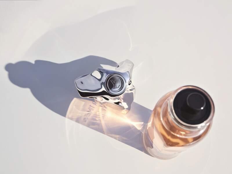 Les flacons de la collection des extraits de parfum Louis Vuitton ont été légèrement réinventés par Franck Gehry