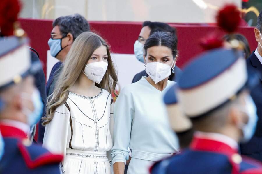 Letizia d'Espagne et sa fille, Sofia, aussi élégantes l'une que l'autre