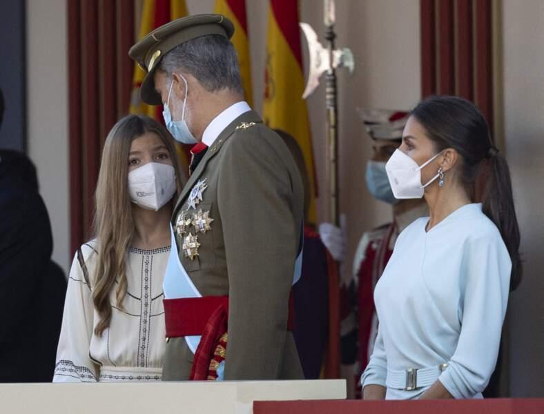l'infante Sofia, 14 ans, avec la ses parents, à l'occasion du Jour de Christophe Colomb 2021