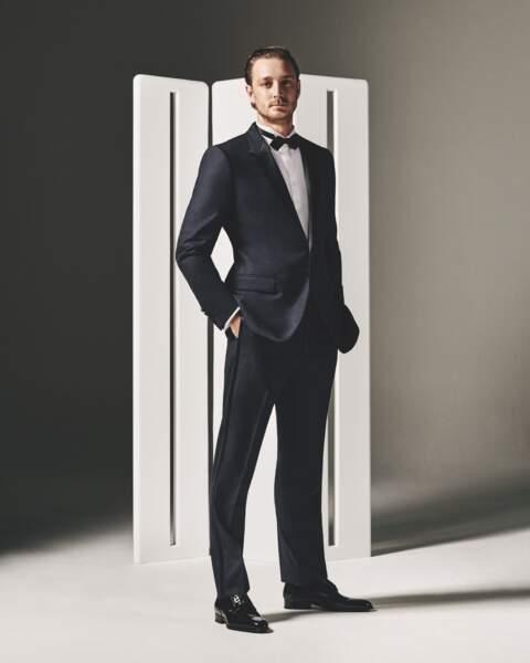 Pierre Casiraghi, icône d'élégance, incarne la modernité et le chic intemporel chers à la maison Dior