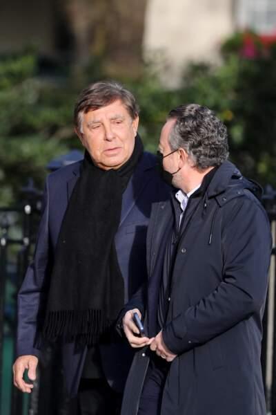 Le journaliste star de TF1 Jean-Pierre Foucault aux obsèques d'Etienne Mougeotte en l'église Saint-François-Xavier à Paris, ce 13 octobre 2021