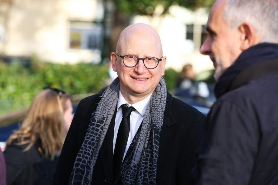 Ara Aprikian aux obsèques d'Etienne Mougeotte en l'église Saint-François-Xavier à Paris, ce 13 octobre 2021